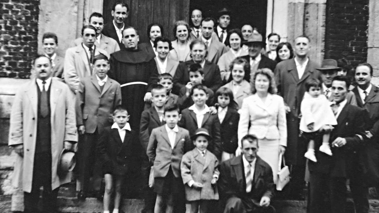 1961 - alla uscita della Messa nasce l'idea del Circolo