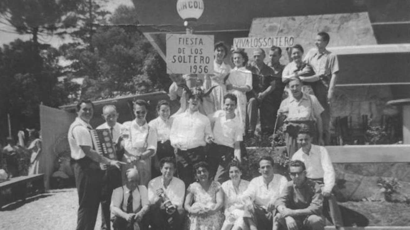 1956 -